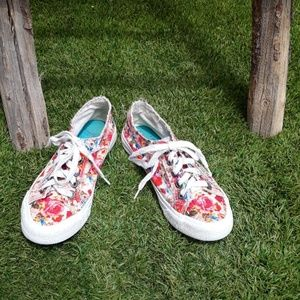 Blowfish Malibu Maggi Floral Low Top Lace Up Shoes